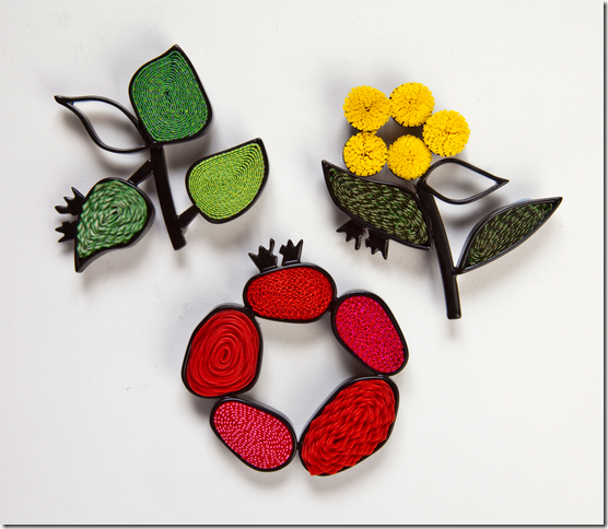 Vicki Mason Oregano, Wattle and Rose brooches. Photo by Bill Shaylor
